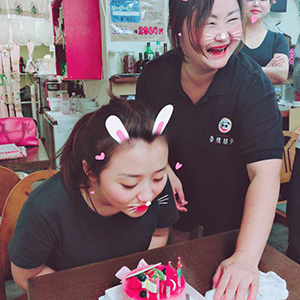四川料理の本舗 香辣妹子