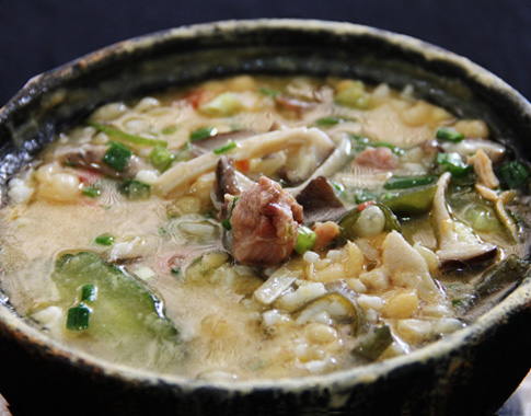 炖鶏豆湯飯