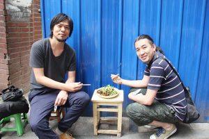 路上で食べる四川料理