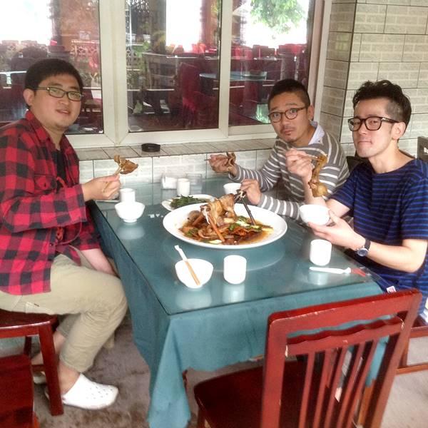 連山回鍋肉を食べる