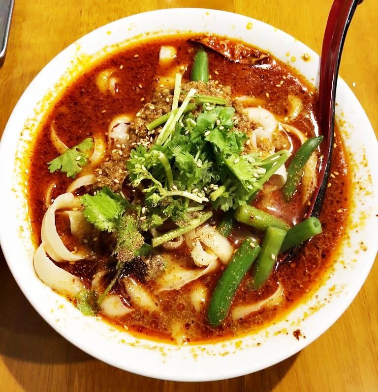 刀削麺 西安飯荘の麻辣刀削麺
